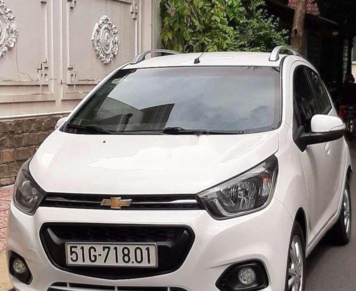 Cần bán lại xe Chevrolet Spark sản xuất năm 2019, màu trắng 0