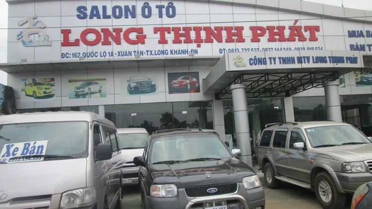 Salon ô tô Long Thịnh Phát