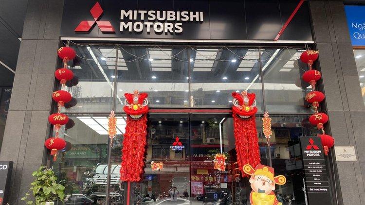Mitsubishi Tôn Thất Tùng
