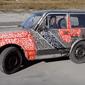 Lada Niva 6x6 - phiên bản Mercedes G63 AMG 6x6 cho người ít tiền