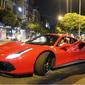 Loạt siêu xe đắt đỏ tại Việt Nam cuối tuần qua có gì 'hot': Tuấn Hưng trở lại cùng Ferrari 488 GTB