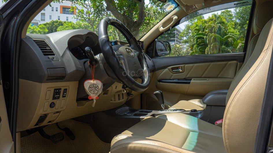 XE NGON GIÁ TỐT | TOYOTA FORTUNER 2013 xe đẹp, nhiều nâng cấp sang trọng, ODO chưa tới 8 vạn km. 9