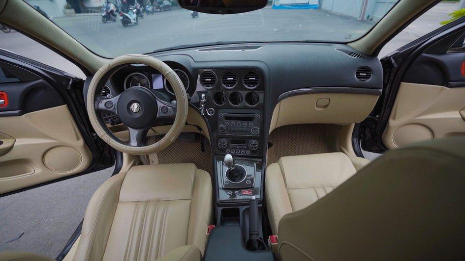 XE NGON GIÁ TỐT   Xe thể thao hiếm Alfa Romeo 159 đời 2013 giá chưa tới 1 tỉ. 5
