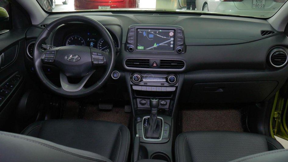 XE NGON GIÁ TỐT | Hyundai Kona 2019 1.6T màu xanh chuối độc đáo chờ chủ đón về giá chỉ 700 triệu. 3