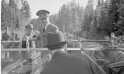 770K Grosser W150 Offener Tourenwagen từng đưa Hitler đến và về từ sân bay Immola, Phần Lan.