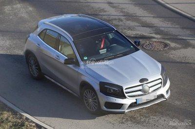 Mercedes GLA 2017 facelift tiếp tục lộ ảnh