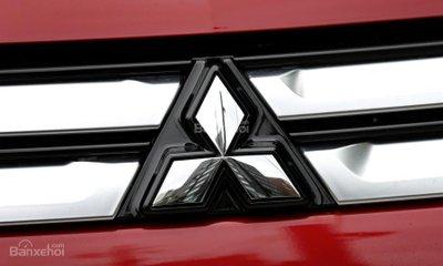 Lợi nhuận hoạt động trong quý II của Mitsubishi trượt dốc 75%
