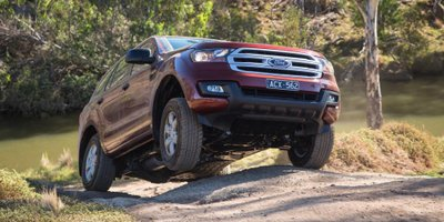 Ford Everest 2016 2