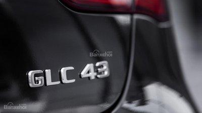 Mercedes-AMG GLC 43 Coupe 2017 lộ diện trước thềm triển lãm Paris A15