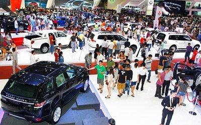 Sau quy định thuế mới, lượng ô tô rẻ về Việt Nam ngày càng nhiều.