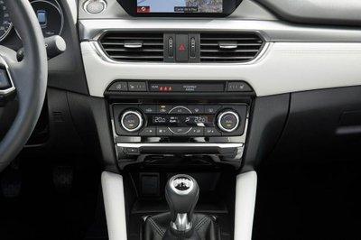 Mazda6 2017 tham gia thị trường Anh Quốc, giá từ 566 triệu đồng 41
