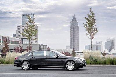 Mercedes-Maybach S-class cán mốc 15.000 xe sau 4 tháng.