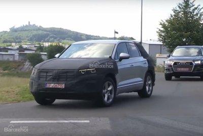 Volkswagen Touareg 2018 lộ diện trên đường thử.