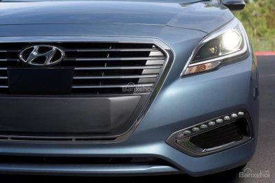 Hyundai Sonata Plug-in Hybrid 2017 có giá khởi điểm 35.435 USD 16