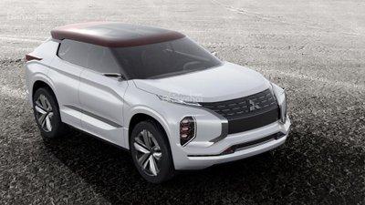 Mitsubishi GT-PHEV được trang bị hệ thống gương chiếu hậu camera thay cho gương truyền thống.