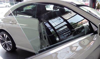 Mercedes CLA 200 cập bến Việt Nam, giá 1,5 tỷ Đồng 5