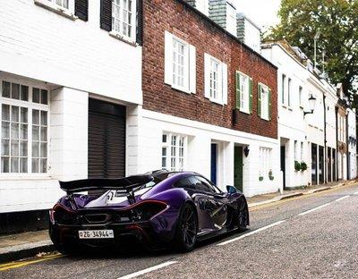 """Ngắm McLaren P1 độ tím, """"chất"""" lóa mắt trên phố Anh 6"""