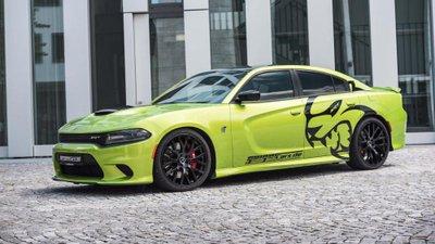 Dodge Charger Hellcat độ tăng công suất lên 782 mã lực.