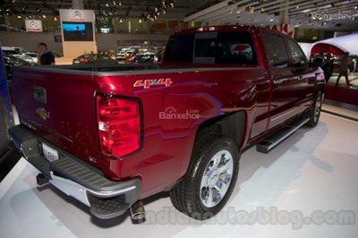 Chiêm ngưỡng Chevrolet Silverado và GMC Sierra HD diesel 2017 mới ra mắt 4