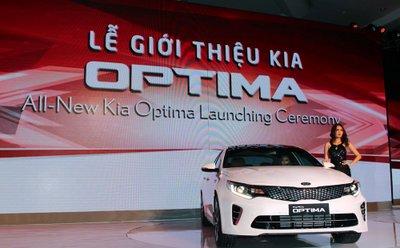Kia Optima 2016 ra mắt thị trường Việt, chốt giá từ 915 triệu Đồng a1
