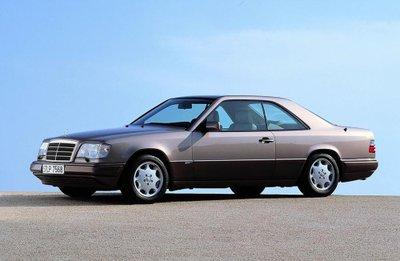 Mercedes E-Class Coupe và lịch sử 30 năm thăng trầm 4
