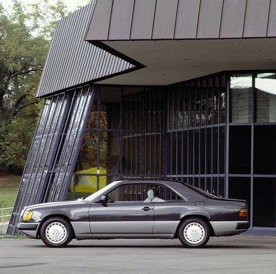 Mercedes E-Class Coupe và lịch sử 30 năm thăng trầm 3