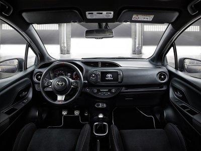 Toyota Yaris GRMN xuất hiện thêm biến thể 5 cửa 6