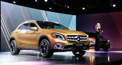 SUV bí ẩn của Mercedes-Benz chuẩn bị trình làng tại triển lãm VMS 2017.