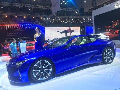 [VMS 2017] Chi tiết tuyệt phẩm xe xanh Lexus LC 500h mạnh 354 mã lực a5