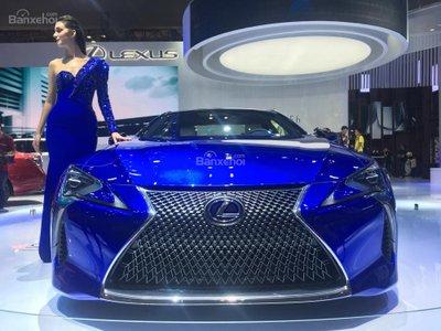 [VMS 2017] Chi tiết tuyệt phẩm xe xanh Lexus LC 500h mạnh 354 mã lực a4