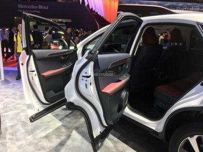 Cận cảnh crossover hạng sang Lexus NX 2018 tại triển lãm VMS a12