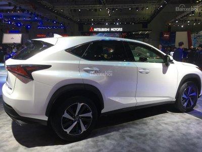 Cận cảnh crossover hạng sang Lexus NX 2018 tại triển lãm VMS a2