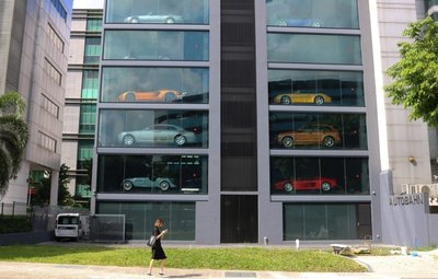 2018: Alibaba sẽ phát triển máy bán ô tô tự động 03