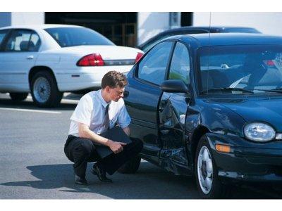 Trường hợp nào chủ xe không được đền bù khi mua bảo hiểm ô tô? a2
