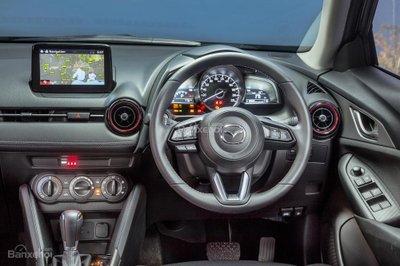 Mazda CX-3 Maxx 2017 được trang bị thêm một số phụ tùng xe với giá 1.873 USD