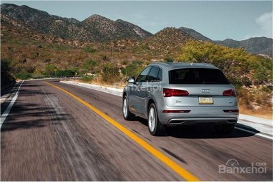 So sánh Audi Q5 và Audi Q7 2018 về khả năng tăng tốc.