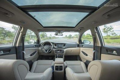 Khoang nội thất xe Hyundai Tucson mới...