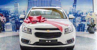 Giá xe Chevrolet Cruze 2018 mới nhất a1
