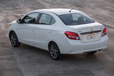 Khách hàng phải bỏ ra thêm 1 số chi phí để Mitsubishi Attrage 2020 có thể lăn bánh a2