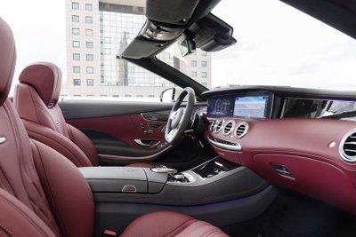 Mercedes S-Class Cabrio mới giá 3,5 tỷ dành cho khách hàng Anh a4