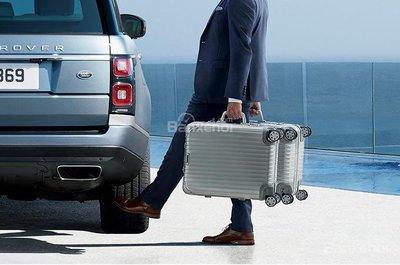 Khoang hàng lý xe Land Rover Range Rover 2019