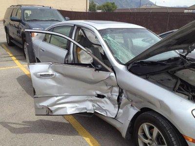 Kinh nghiệm mua bảo hiểm thân vỏ xe hơi chính xác và an toàn nhất 1