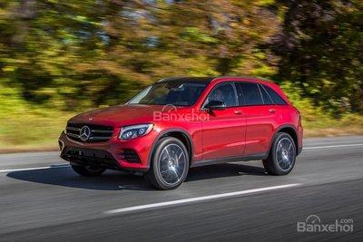 Mercedes Benz GLC-Class 2019 màu đỏ