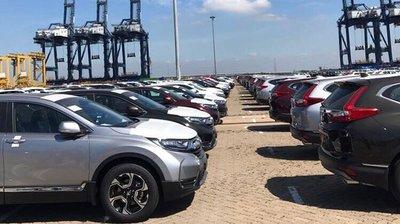 Lô xe Honda CR-V chưa được thông quan ngoài cảng 2