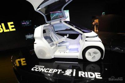 Xe điện thông minh Toyota Concept-i khoe bánh tại Geneva - 3