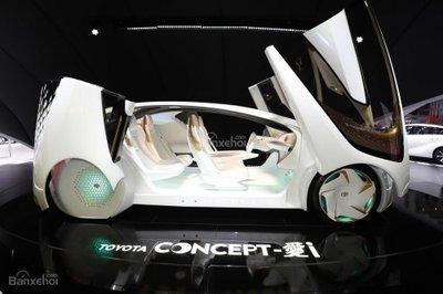 Xe điện thông minh Toyota Concept-i khoe bánh tại Geneva - 4