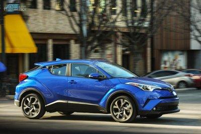 Toyota C-HR kinh doanh ế ẩm tại Mỹ - 2