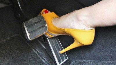 Đi giày nhẹ, đế mỏng 2