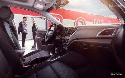 Ưu điểm Hyundai Accent 2018 - Khoang nội thất rộng hơn.
