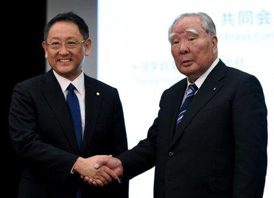 Toyota và Suzuki chính thức hợp tác 2